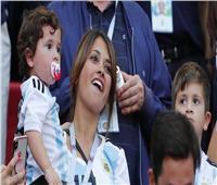 بالصور| حضور كامل العدد لعائلة ميسي في مباراة الأرجنتين وفنزويلا