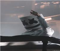 بالصور  «مارشميلو» يزلزل موازين ويخطف الجمهور بصوت الهضبة