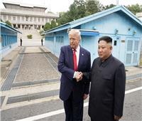 بالفيديو والصور.. ترامب أول رئيس أمريكي في التاريخ يدخل كوريا الشمالية