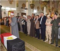 المحافظ يتقدم الجنازةالعسكرية لشهيد القوات المسلحة في بني سويف