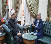 المفتي يبحث مع «البشاري» تعزيز التعاون مع مجلس المجتمعات المسلمة