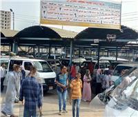 التنمية المحلية: غرفة عمليات للتأكد من نشر ملصقات الأجرة الجديدة بمواقف السيارات