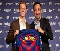 لاعب برشلونة الجديد يرفض ارتداء رقم «كرويف» لهذا السبب