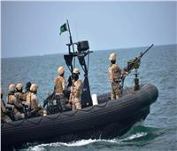 التحالف العربي يعلن إحباط محاولة للحوثيين لاستهداف سفينة بالبحر الأحمر