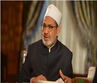 الإمام الأكبر: إعانة ومعاش شهري لأسرة الطالب أحمد الطيب