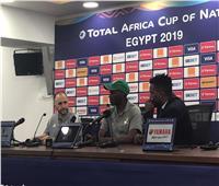 أمم إفريقيا 2019| مدرب الجزائر: بكيت بجوار «عطال» أثناء ركلات الترجيح