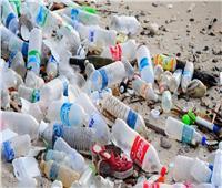 البلاستيك «القاتل الصامت».. رحلة التخلص من مركبات تخنق العالم