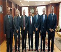 وفد من أساتذة حقوق القاهرة يزور النيابة الإدارية لتهنئة «المنشاوي»