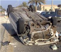 مصرع سيدة وإصابة 2 آخرين نتيجة انقلاب سيارتين بالبحيرة