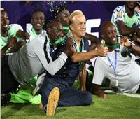 مدرب نيجيريا: «المركز الثالث مقبول .. وهزمنا المصنف الثاني الإفريقي»