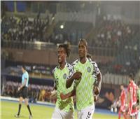 مساعد مدرب نيجيريا: أتمنى تتويج الجزائر باللقب
