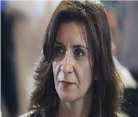 وزيرة الهجرة تتواصل مع المواطن المصري المعتدى عليه داخل الطائرة الرومانية