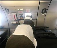 بعد واقعة المصري داخل الطائرة الرومانية.. شروط الجلوس بجوار مخرج الطوارئ