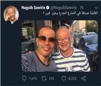 ساويرس ينشر صورة مع عمرو دياب: «اتقابلنا صدفة في الشارع»