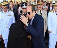 فيديو| والدة الشهيد عمر القاضي: فخورة بتكريم الرئيس السيسي لنا