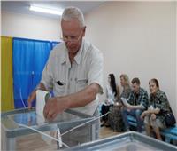 بدء التصويت في الانتخابات البرلمانية المبكرة في أوكرانيا