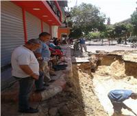 صور| استجابة لبلاغ عبر «الخط الساخن».. إصلاح كسر بخط مياه مدينة العمال بقنا