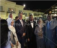 صور| جابر طايع يحتفل بزفاف ابنته «سارة» في الغردقة