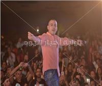 صور  دياب يُشعل حفله في الساحل الشمالي بأغانيه المميزة