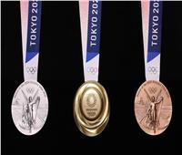 قبل عامٍ من أولمبياد طوكيو.. الكشف عن شكل ميداليات التتويج
