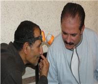 دكتور الغلابة يدشن حملة طبية لأهالى قرية سنتريس في المنوفية بالمجان