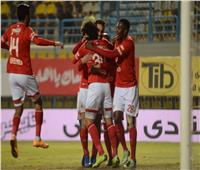 فيديو| احتفالات لاعبي النادي الأهلي بدرع الدوري