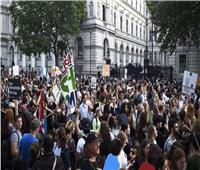 فيديو  احتجاجات ضد سياسات بوريس جونسون بوسط لندن