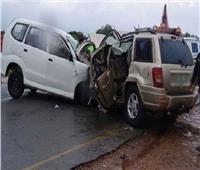 مصرع وإصابة 6 في تصادم سيارتين أثناء زفة عروسين بالبحيرة