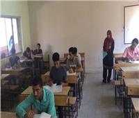 رئيس قطاع التعليم الفني يتفقد لجان امتحان دبلومات الدور الثاني بالغربية