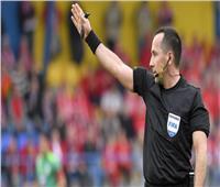 القمة 118 | 261 بطاقة صفراء لحكم مباراة الأهلي والزمالك