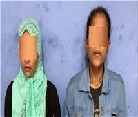 حبس سيدتين بتهمة سرقة سيارة من طالب فى حلوان