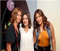 صور| إيمان العاصي ونرمين ماهر تحتفلان بعيد ميلاد ابنة دنيا المصري