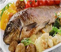«السمك» يقي من الإصابة بسرطان الأمعاء