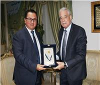 محافظ جنوب سيناء يستقبل سفير كازاخستان