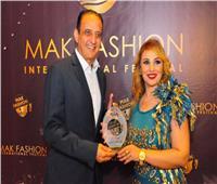 صور| تكريم طارق علام ومطربي «بحر الغدر» بمهرجان «ماك فاشون»