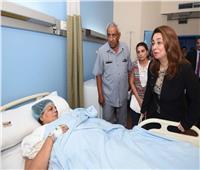 صور| تفاصيل زيارة وزيرة التضامن لـ ضحايا حادث معهد الأورام