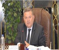 وزير قطاع الأعمال العام يلتقي رؤساء شركات تجارة الأقطان