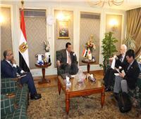 وزير التعليم العالي يبحث تفعيل التعاون المشترك مع السفير الياباني