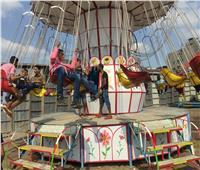 صور| إقبال كثيف من الشباب على ملاهي «البسطاء» في المحلة بثان أيام عيد الأضحى