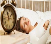 النوم لساعات طويلة نهارًا إشارة مبكرة على الإصابة بالزهايمر