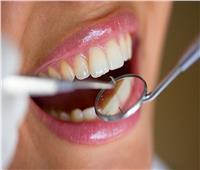 تعرف على أسباب تآكل الأسنان الأمامية وكيفية الوقاية منه