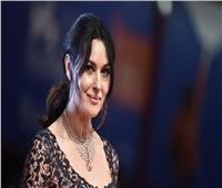 النجمة الإيطالية مونيكا بيلوتشي تمضي عطلتها في اليونان