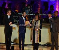 وزيرا الثقافة والآثار يكرمان 10 رموز فنية عربية في مهرجان «القلعة»