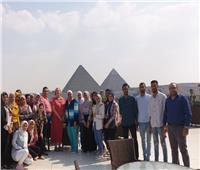 رئيسة منظمة الاحتواء الشامل العالمية تثنى على جهود «التقدم» وتزور الأهرامات