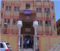 """قافلة طب الأقصر تجوب قرية """"الشيخ عامر """" للاطمئنان على صحة المواطنين"""
