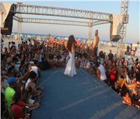 صور| دينا تُشعل حفلها بـ«الساحل» على أغاني الهضبة