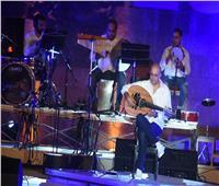 صور| «كايرو ستيبس» تشعل أجواء أولى ليالي «مهرجان القلعة»