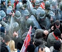 الشرطة التركية تستخدم مدافع المياه والعصي لتفريق محتجين أكراد في ديار بكر
