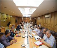 محافظ قنا يعتمد خطة التنمية المتكاملة متوسطة الأجل
