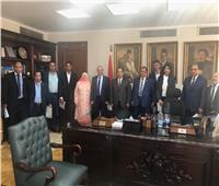 وزير المالية يكرم عدد من «المتميزين» بالمركز اللوجيستي بمطار القاهرة